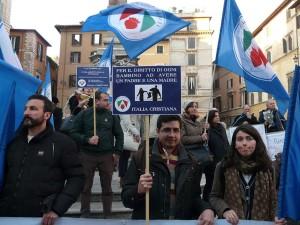 Manifestazione_per_la_famiglia_Italia_Cristiana_3