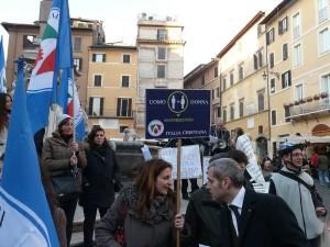 Manifestazione_per_la_famiglia_Italia_Cristiana_4